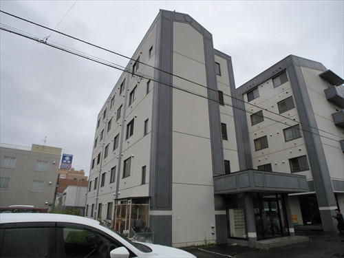 北海道帯広市のウィークリーマンション・マンスリーマンション「E2.8MS A棟」外観画像