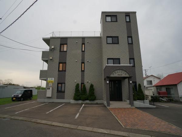 北海道河東郡音更町のウィークリーマンション・マンスリーマンション「フェリシア 2LDK」外観画像