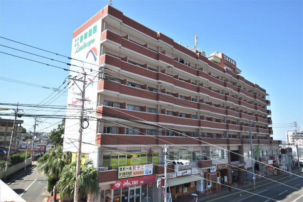 福岡のウィークリーマンション・マンスリーマンション「KマンスリーJR九州産業大学前」外観画像