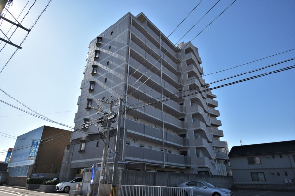 福岡県北九州市八幡西区のウィークリーマンション・マンスリーマンション「Kマンスリー鷹の巣」外観画像