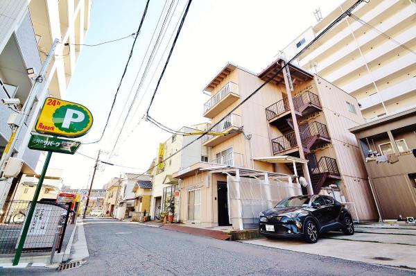 岡山県の家具付き賃貸「ヴェルサスライム」外観画像