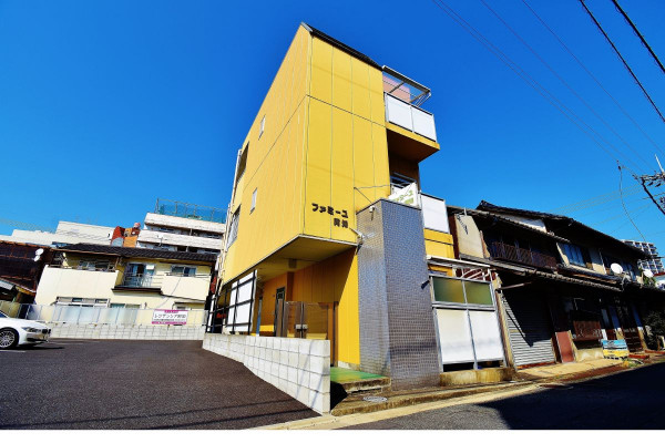 岡山県の家具付き賃貸「ファミーユ阿知」外観画像