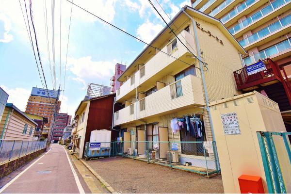 岡山県岡山市北区の家具付き賃貸「ビューラー赤坂」外観画像