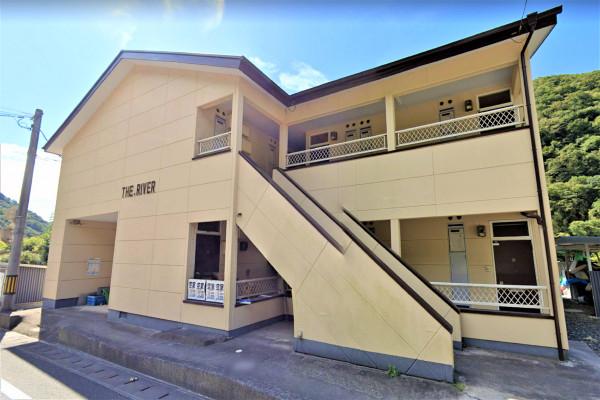 岡山県のウィークリーマンション・マンスリーマンション「Kマンスリー岡山高梁」外観画像
