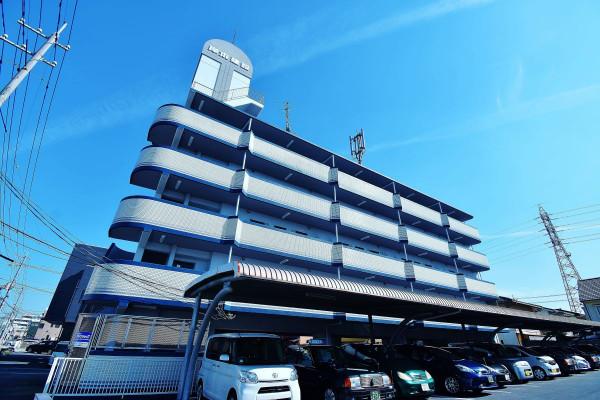 大元駅(宇野線)の家具付き賃貸「ロジェ芳泉」外観画像