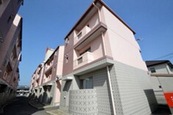 広島県のウィークリーマンション・マンスリーマンション「Kマンスリー西条駅南」外観画像