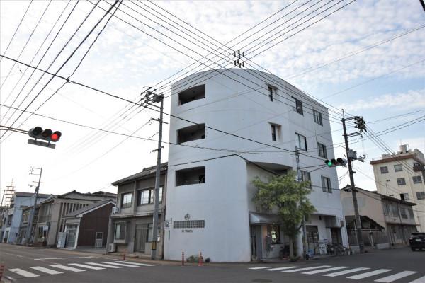 広島県のウィークリーマンション・マンスリーマンション「Kマンスリー福山寺町」外観画像