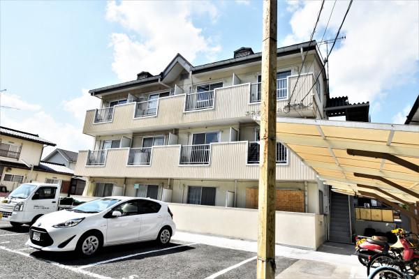 広島県のウィークリーマンション・マンスリーマンション「Kマンスリー西条田口」外観画像