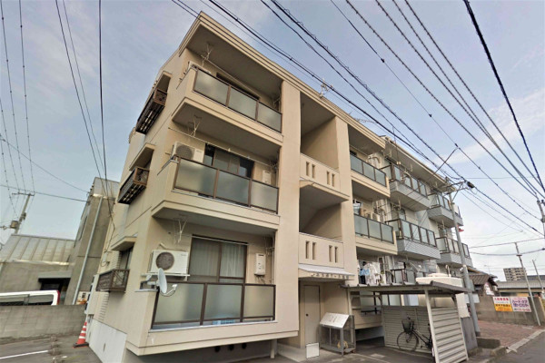 香川県の家具家電付きマンスリーマンション「★Kマンスリー丸亀城前」外観画像
