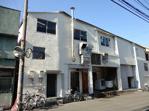 東京・川崎・横浜のシェアハウス「ゲストハウス横浜鶴見」外観画像