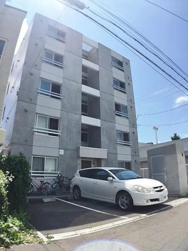 北海道札幌市中央区のマンスリーマンション「メイプルマンスリー南12条」外観画像