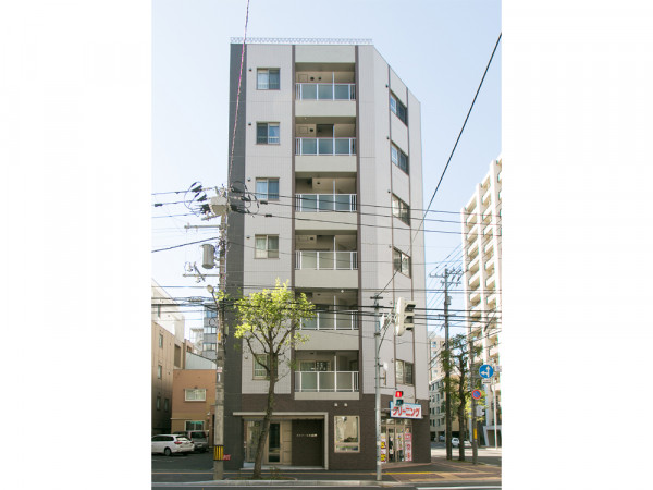 北海道札幌市中央区の家具付きウィークリー・マンスリーマンション「エクスフラッツ大通東」外観画像