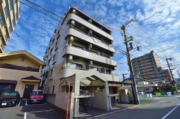兵庫県姫路市のウィークリーマンション・マンスリーマンション「Kマンスリー姫路駅南口前」外観画像