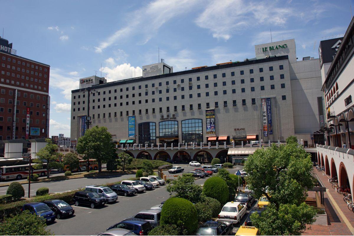 倉敷駅まで車で19分、7.9km。
