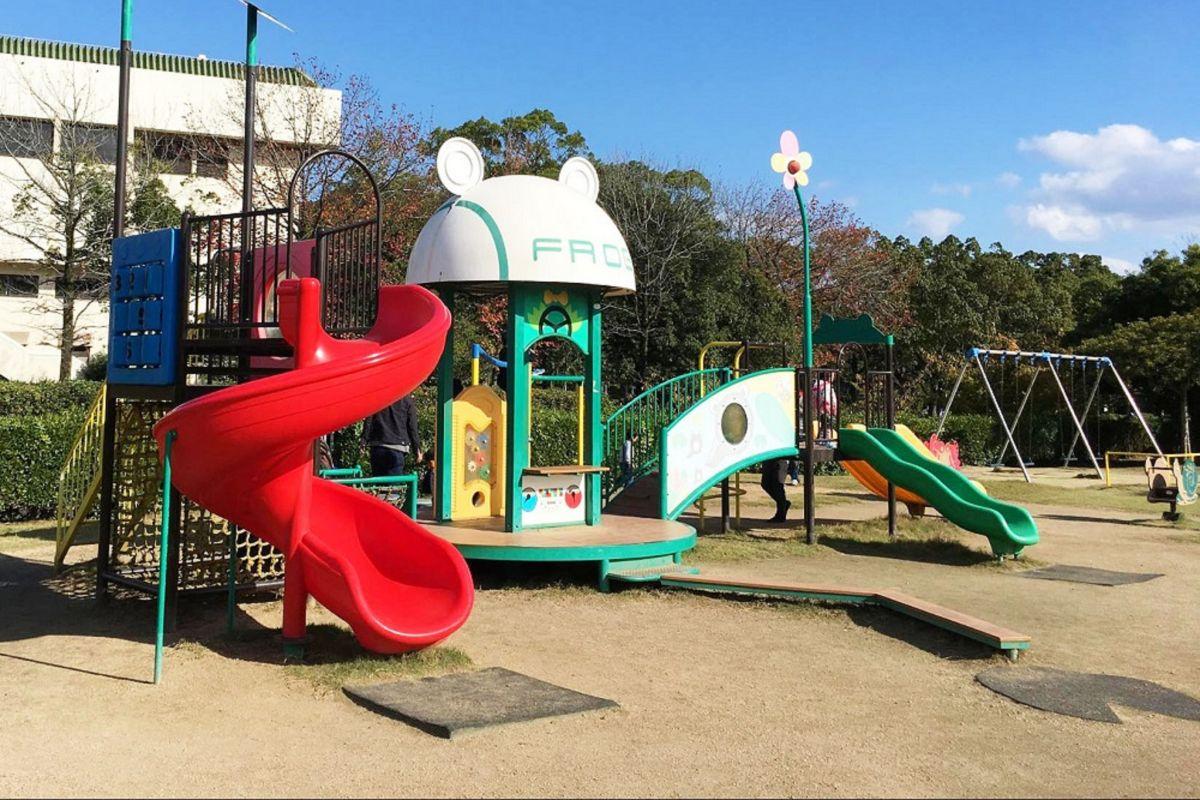 水島緑地福田公園まで徒歩3分、270m。