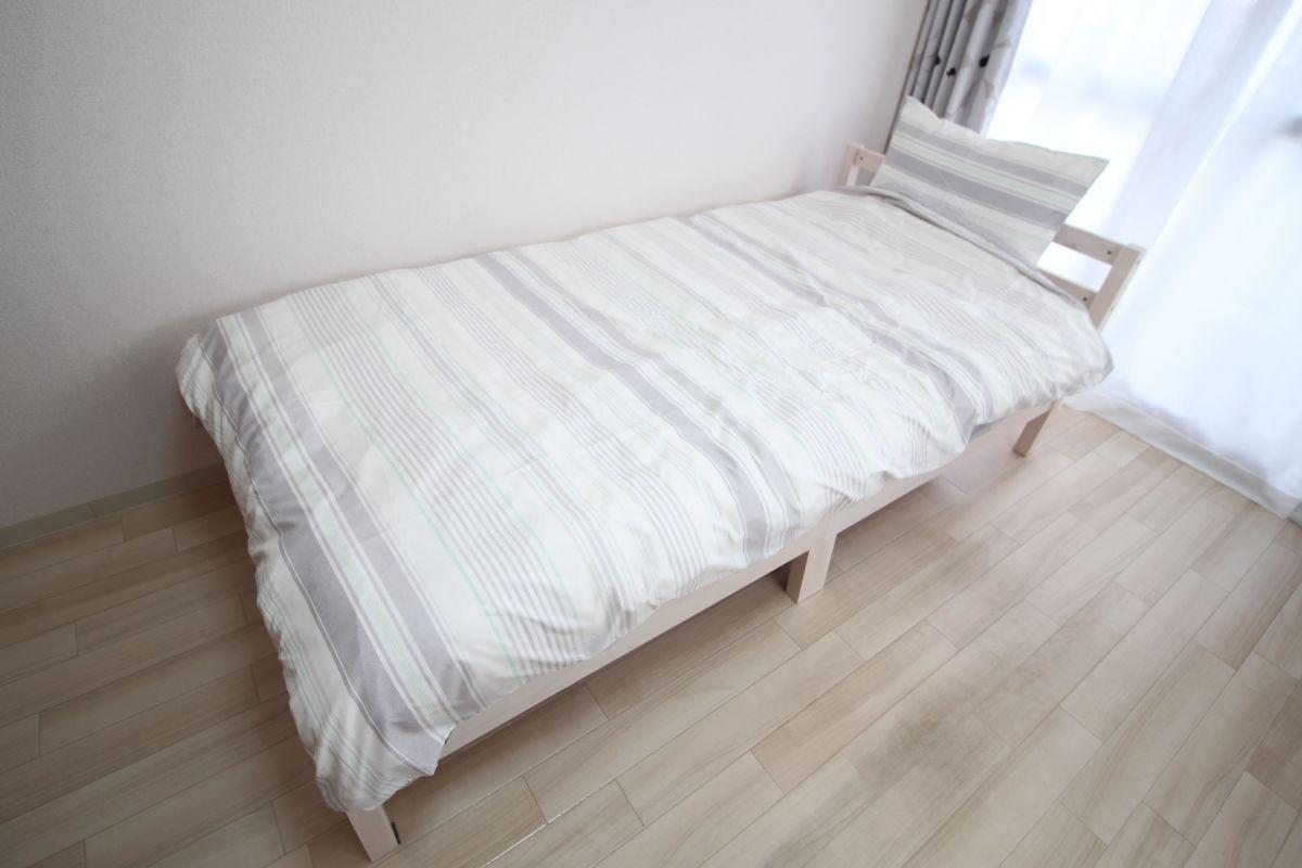シングルベッド!マットレス付きで快適です(*^-^*)