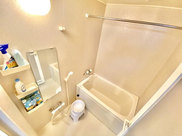 バス用品充実、バス洗剤・バス掃除スポンジ・バス桶・バスマット・シャンプー・コンディショナー・ボディーソープなど揃えております。快適にバスタイム行えます。