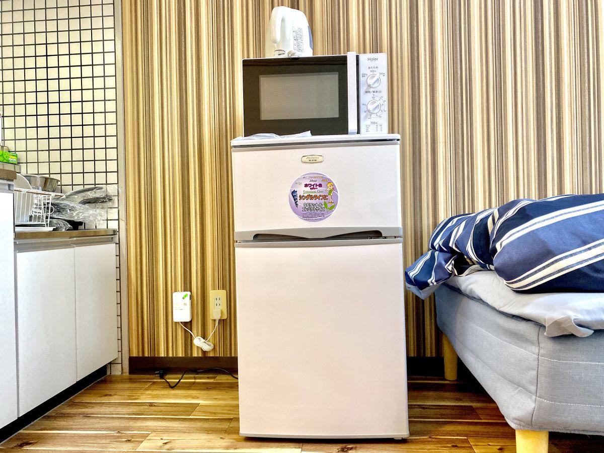 冷蔵庫・電子レンジ・炊飯器・ケトル完備です。快適にお過ごしください。