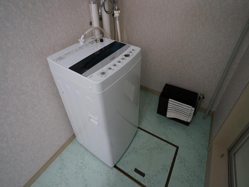 脱衣場:洗濯機