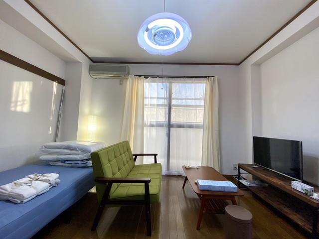 置き型、間接照明完備で、落ち着いた雰囲気を演出。