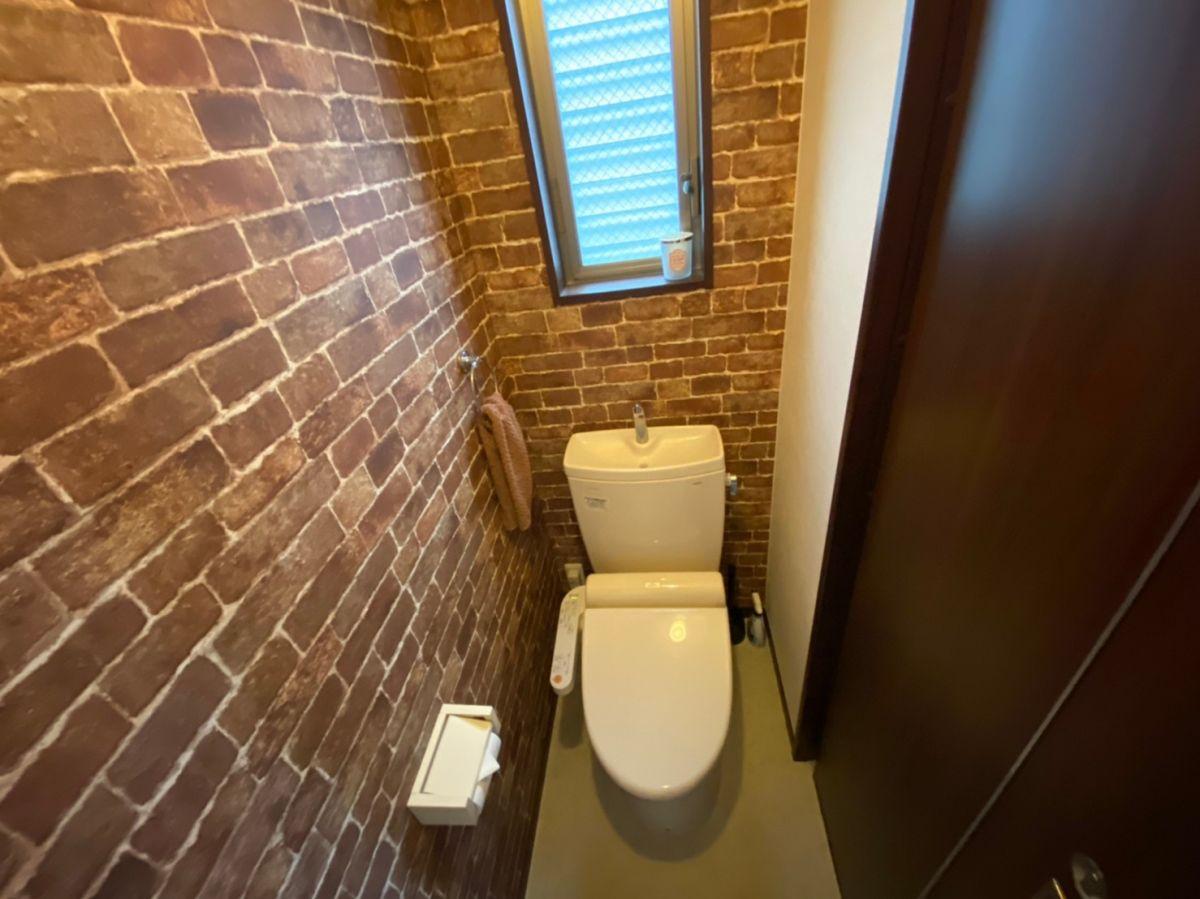 トイレ1F・2Fにあり