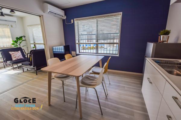 神奈川県のウィークリーマンション・マンスリーマンション「GLOCE Guest House Zushi Nagisa-Dori -・1軒貸し切りタイプ」メイン画像
