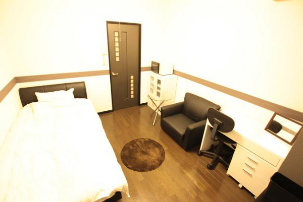 日本全国のウィークリーマンション・マンスリーマンション「ピュアドーム高宮アーネスト 」メイン画像