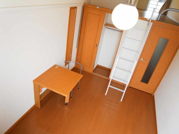 神奈川県横浜市磯子区のウィークリーマンション・マンスリーマンション「レオパレスディアコート 104(No.155019)」メイン画像