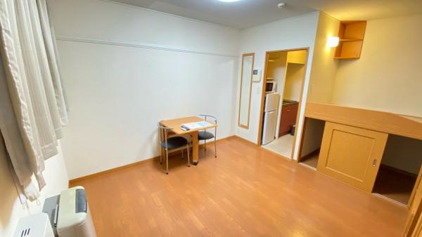 北海道小樽市のウィークリーマンション・マンスリーマンション「レオパレス柾里 101(No.155764)」メイン画像