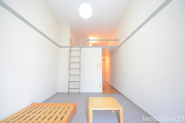 東京都東大和市のウィークリーマンション・マンスリーマンション「レオパレスベガ 203(No.160547)」メイン画像