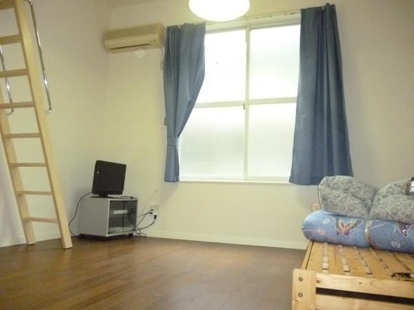 東京都東大和市のウィークリーマンション・マンスリーマンション「レオパレスSAYAMA 102(No.160556)」メイン画像