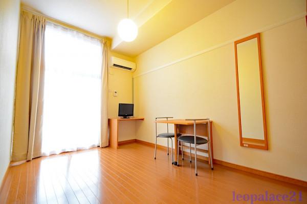 東京都東大和市のウィークリーマンション・マンスリーマンション「レオパレス檪 105(No.160612)」メイン画像