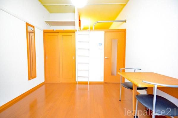 東京都東大和市のウィークリーマンション・マンスリーマンション「レオパレスMK 201(No.160671)」メイン画像