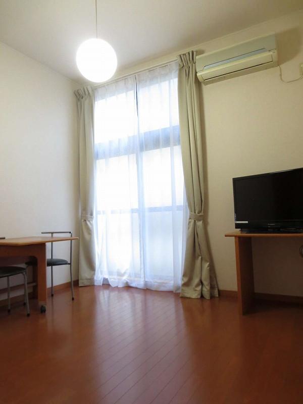 茨城県のウィークリーマンション・マンスリーマンション「レオパレス紅梅 103(No.162494)」メイン画像