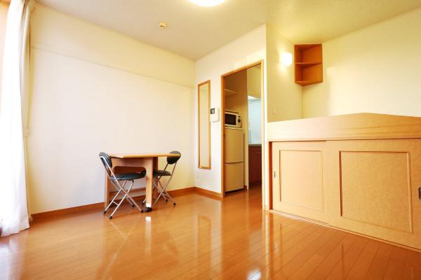 大阪府枚方市のウィークリーマンション・マンスリーマンション「レオパレスムーン 103(No.165013)」メイン画像