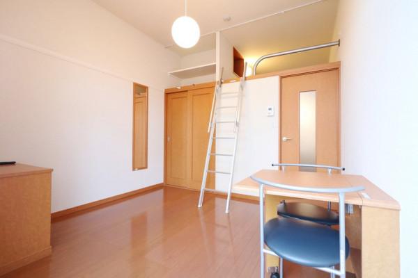 大阪府枚方市のウィークリーマンション・マンスリーマンション「レオパレスMIYA 102(No.165049)」メイン画像