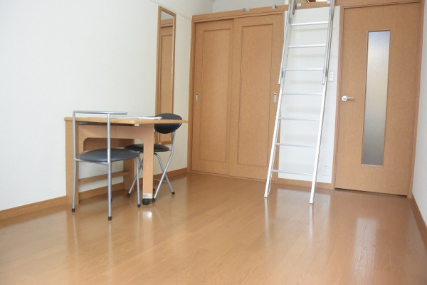 大阪府豊中市のウィークリーマンション・マンスリーマンション「レオパレスエルガーデン 102(No.165929)」メイン画像