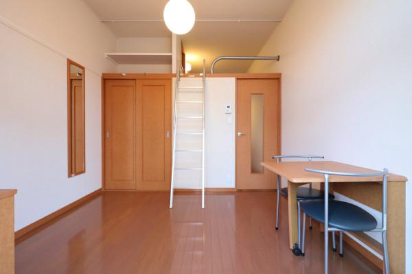 滋賀県のウィークリーマンション・マンスリーマンション「レオパレスSOPHIA 101(No.166185)」メイン画像