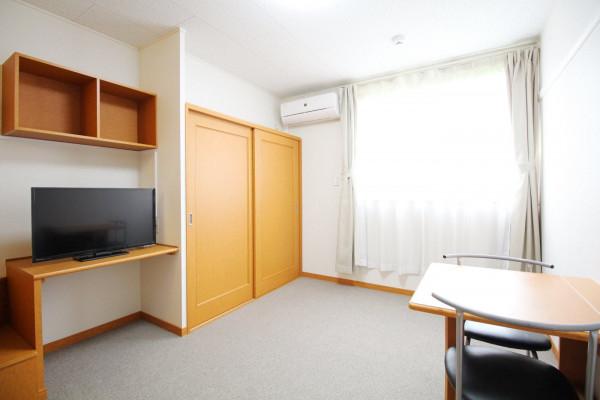 滋賀県のウィークリーマンション・マンスリーマンション「レオパレスアーバンヒルズ 204(No.170173)」メイン画像
