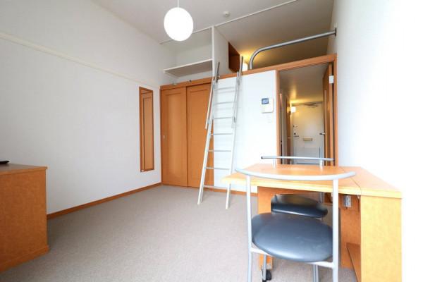 大阪府枚方市のウィークリーマンション・マンスリーマンション「レオパレスアムール 206(No.200789)」メイン画像
