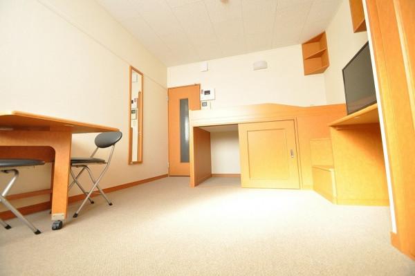 富山県のウィークリーマンション・マンスリーマンション「レオパレス田中町 206(No.203883)」メイン画像