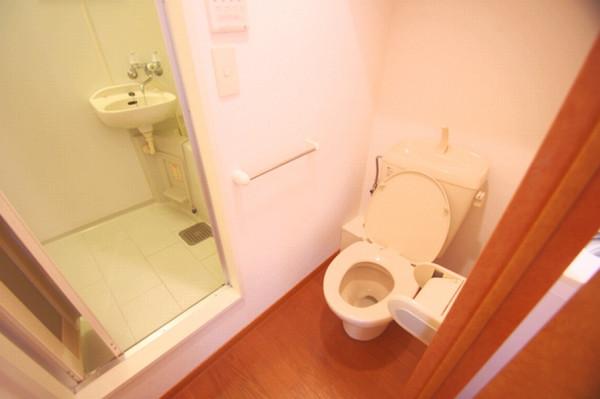 トイレが脱衣所代わりに使えます