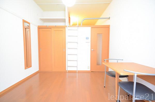 長崎県のウィークリーマンション・マンスリーマンション「レオパレスYANOHIRA 205(No.212372)」メイン画像