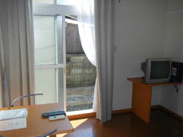 三重県のウィークリーマンション・マンスリーマンション「レオパレスUNEME 207(No.215618)」メイン画像