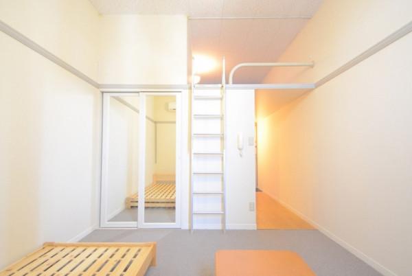 秋田県のウィークリーマンション・マンスリーマンション「レオパレス2000 205(No.217078)」メイン画像