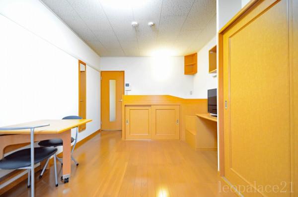北海道登別市のウィークリーマンション・マンスリーマンション「レオパレスシーサイドサカエ 105(No.220579)」メイン画像