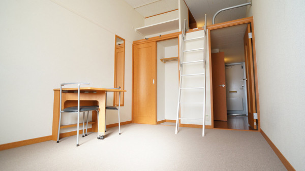 大阪府堺市西区のウィークリーマンション・マンスリーマンション「レオパレスFairy 207(No.223597)」メイン画像