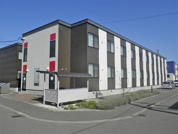 新札幌駅(千歳線)のウィークリーマンション・マンスリーマンション「レオパレス新さっぽろⅡ 210(No.259772)」メイン画像