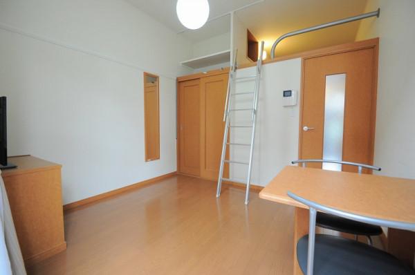 日本全国のウィークリーマンション・マンスリーマンション「レオパレススナッグ ビラ 109(No.284830)」メイン画像