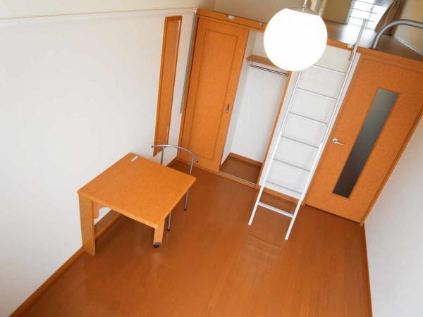神奈川県横浜市磯子区のウィークリーマンション・マンスリーマンション「レオパレスディアコート 202(No.314204)」メイン画像